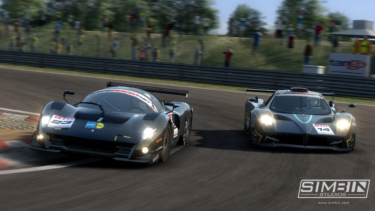 GTR 3: Первые игровые скриншоты Pagani Zonda и P4/5 Competizione